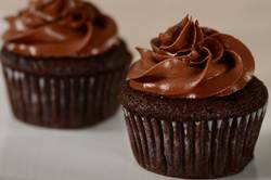 Banana Chocolate Cupcakes Recipe & Video