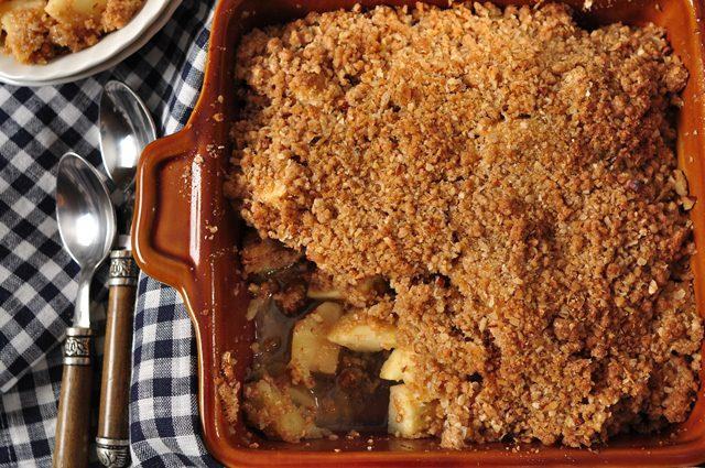 Apple crisp recipe video joyofbaking video recipe forumfinder Images