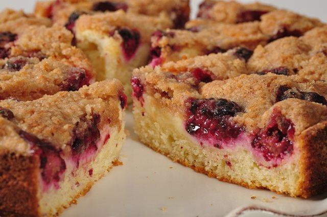 Blackberry Cream Cheese Coffee Cake Joyofbaking Com Video Recipe
