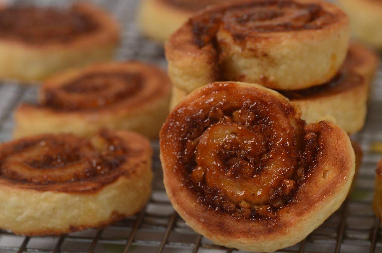 Log Cake Recipe Joy Of Baking: Cinnamon Roll Cookies (Rugelach)