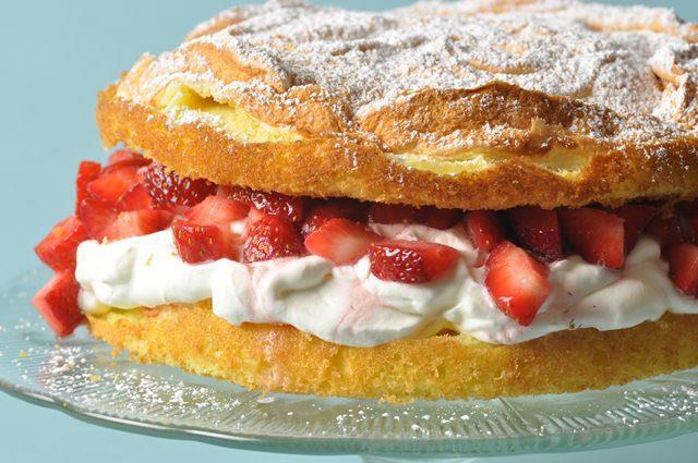 Yellow Butter Cake Recipe Joy Of Baking: Meringue Cake Recipe & Video