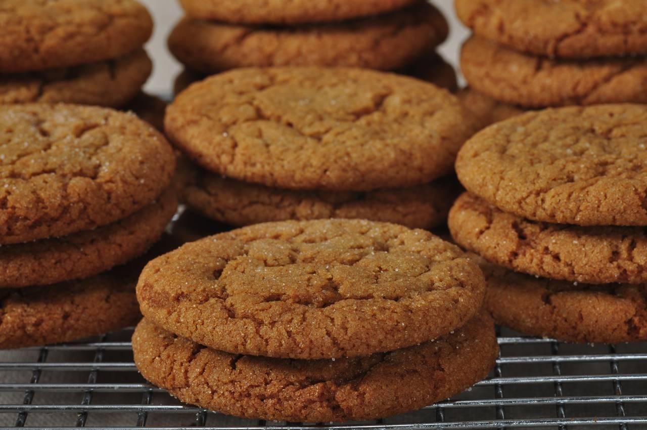 Molasses Cookies Joyofbaking Com Video Recipe
