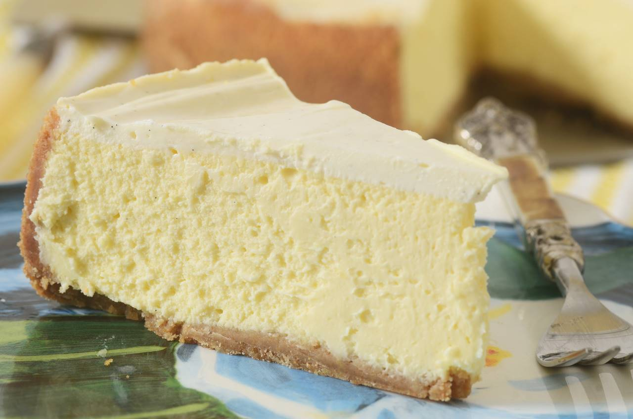Cream Cheese Cake With Sour Cream Topping