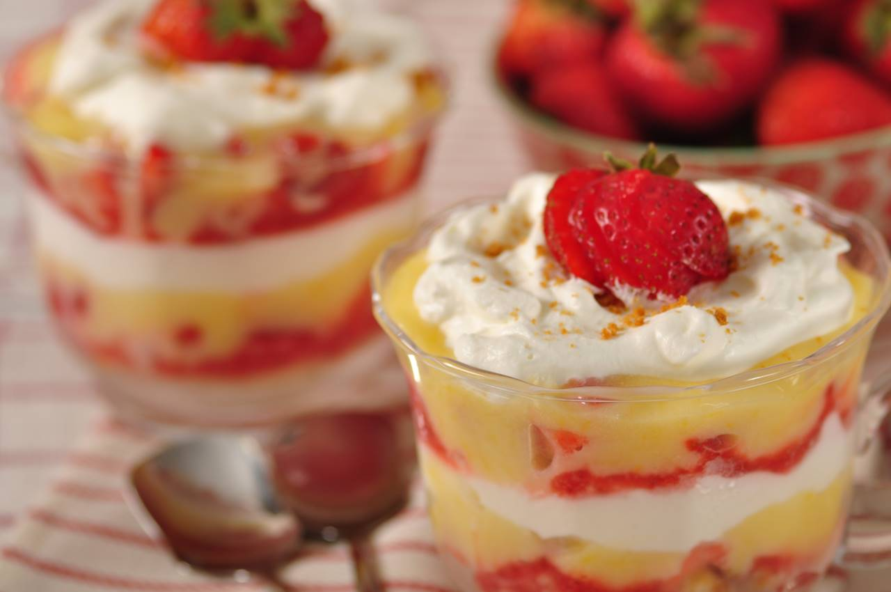 Strawberry Lemon Curd Trifle Recipe Amp Video Joyofbaking