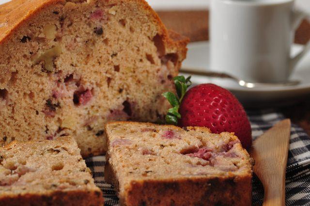 Strawberry Bread Recipe Amp Video Joyofbaking Com Video Recipe