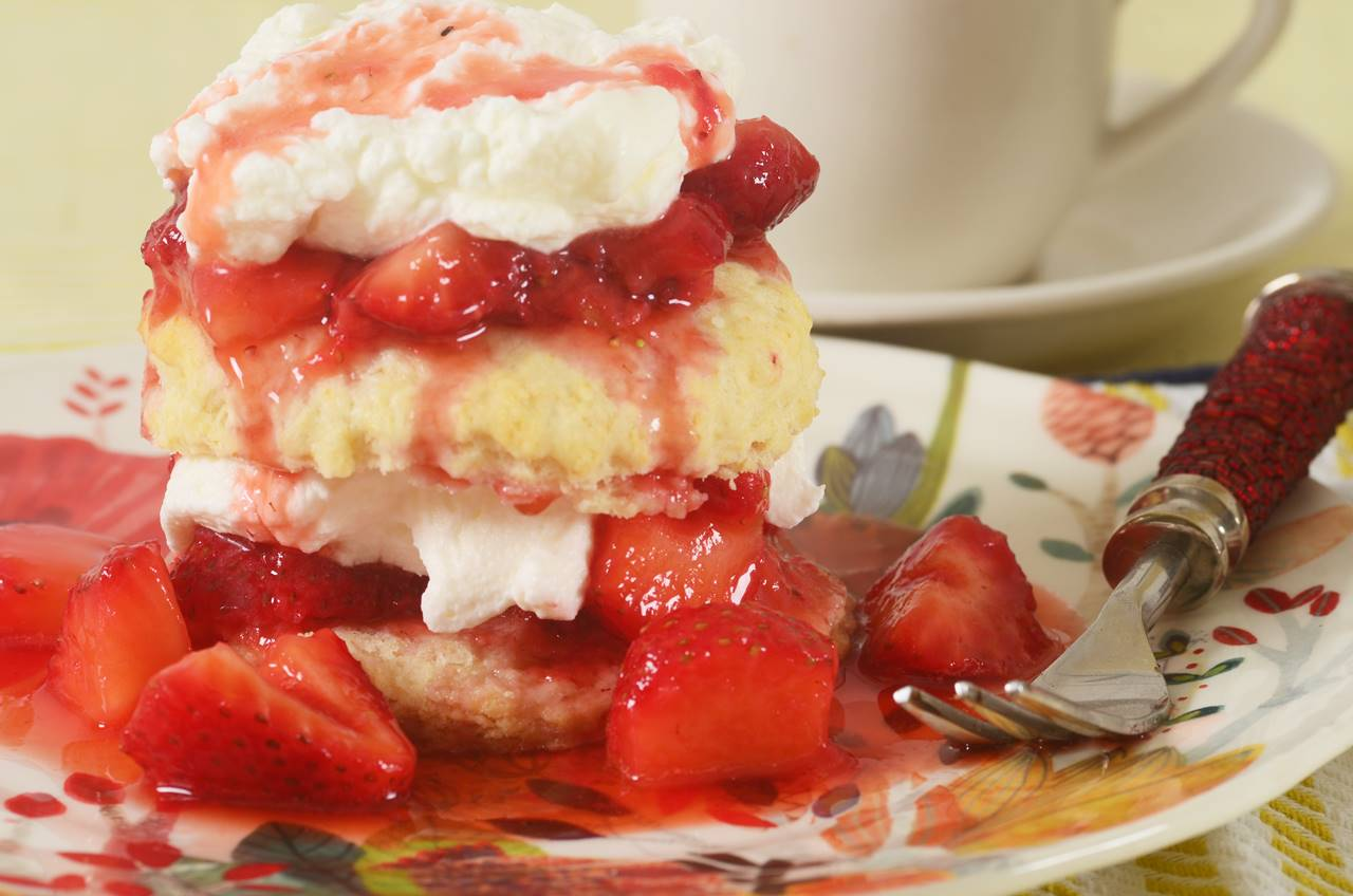 Strawberry Shortcake Joyofbaking Com Video Recipe