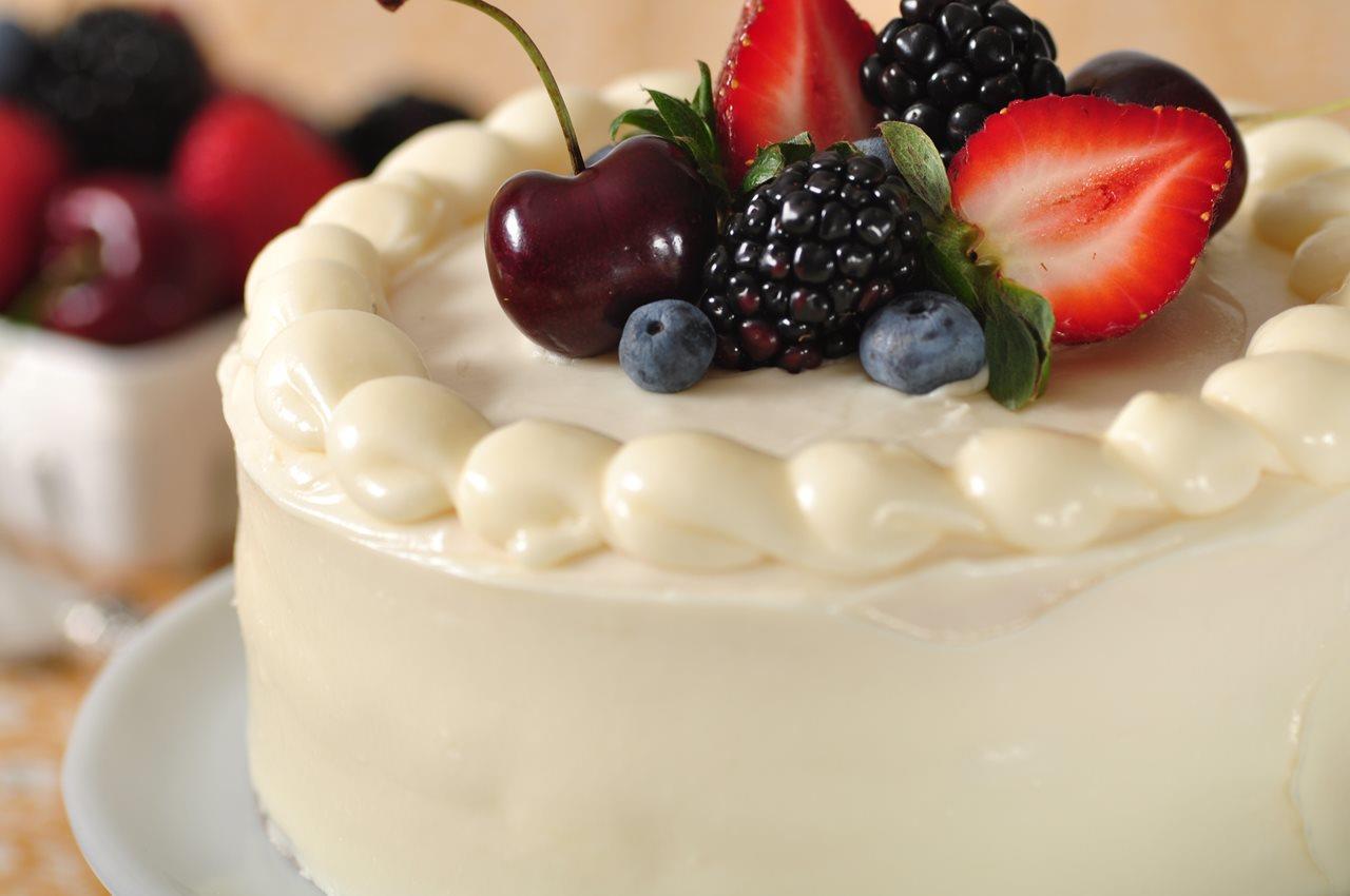 White Butter Cake - Joyofbaking.com *Video Recipe*
