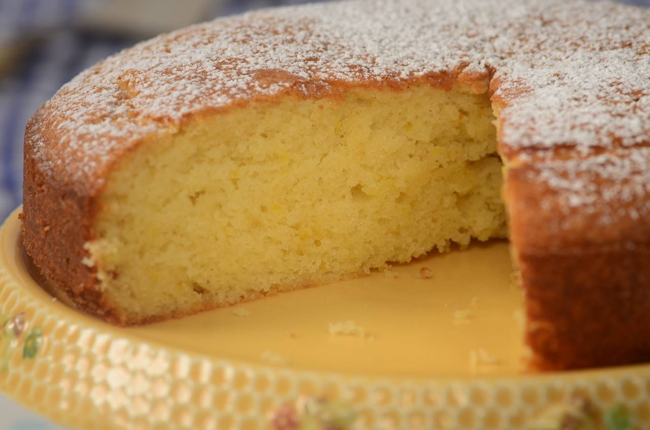 Moist Lemon Cake Recipe With Yogurt